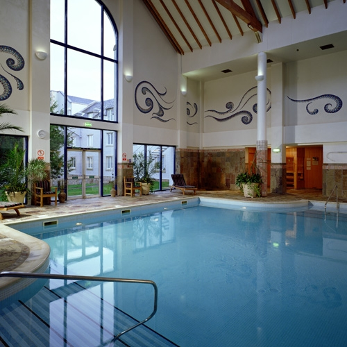Golf holiday hotel in Scotland UK Dalmahoy Hotel & Country
